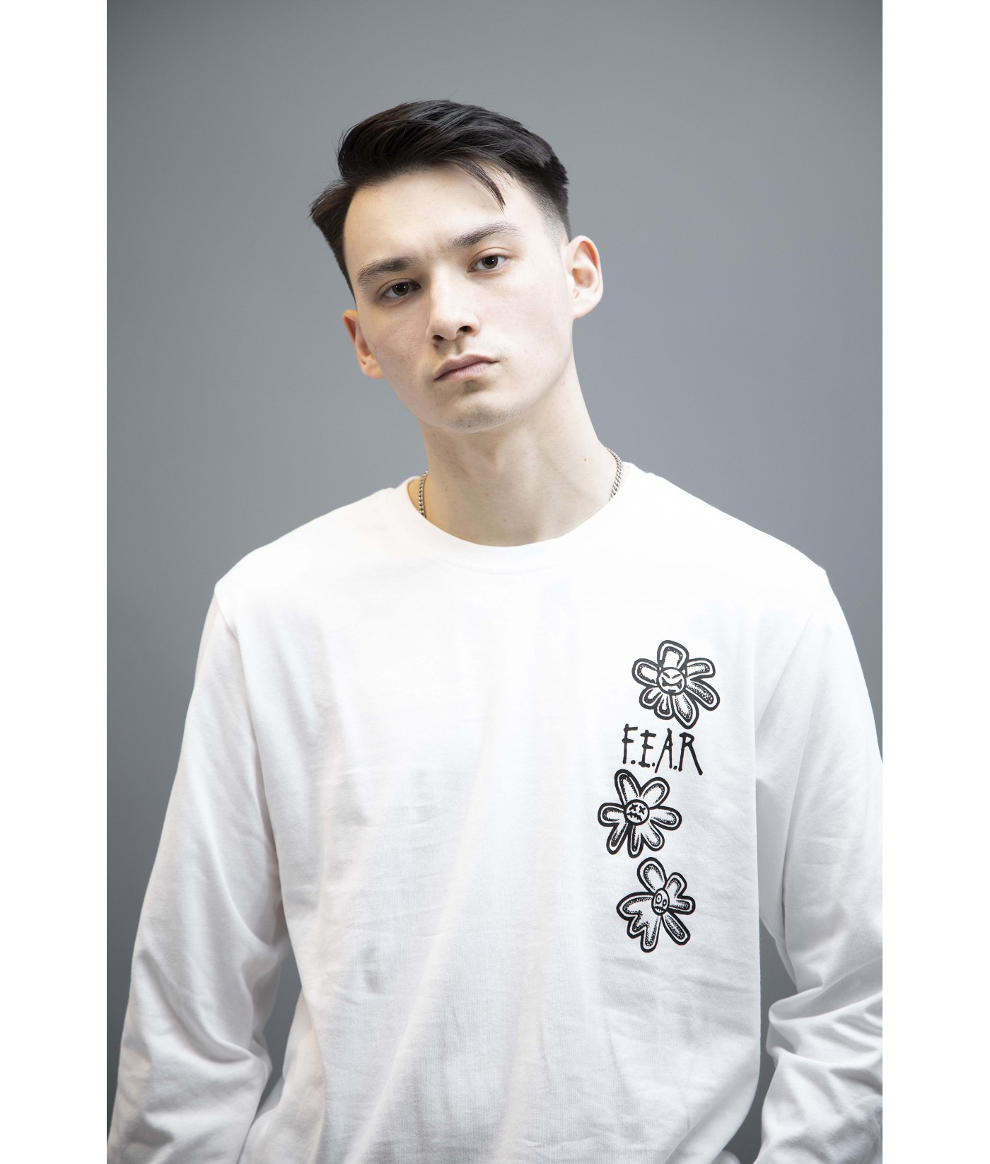 FEAR WHAT GOES AROUND COMES AROUND GRAPHIC LONG SLEEVES (WHITE)