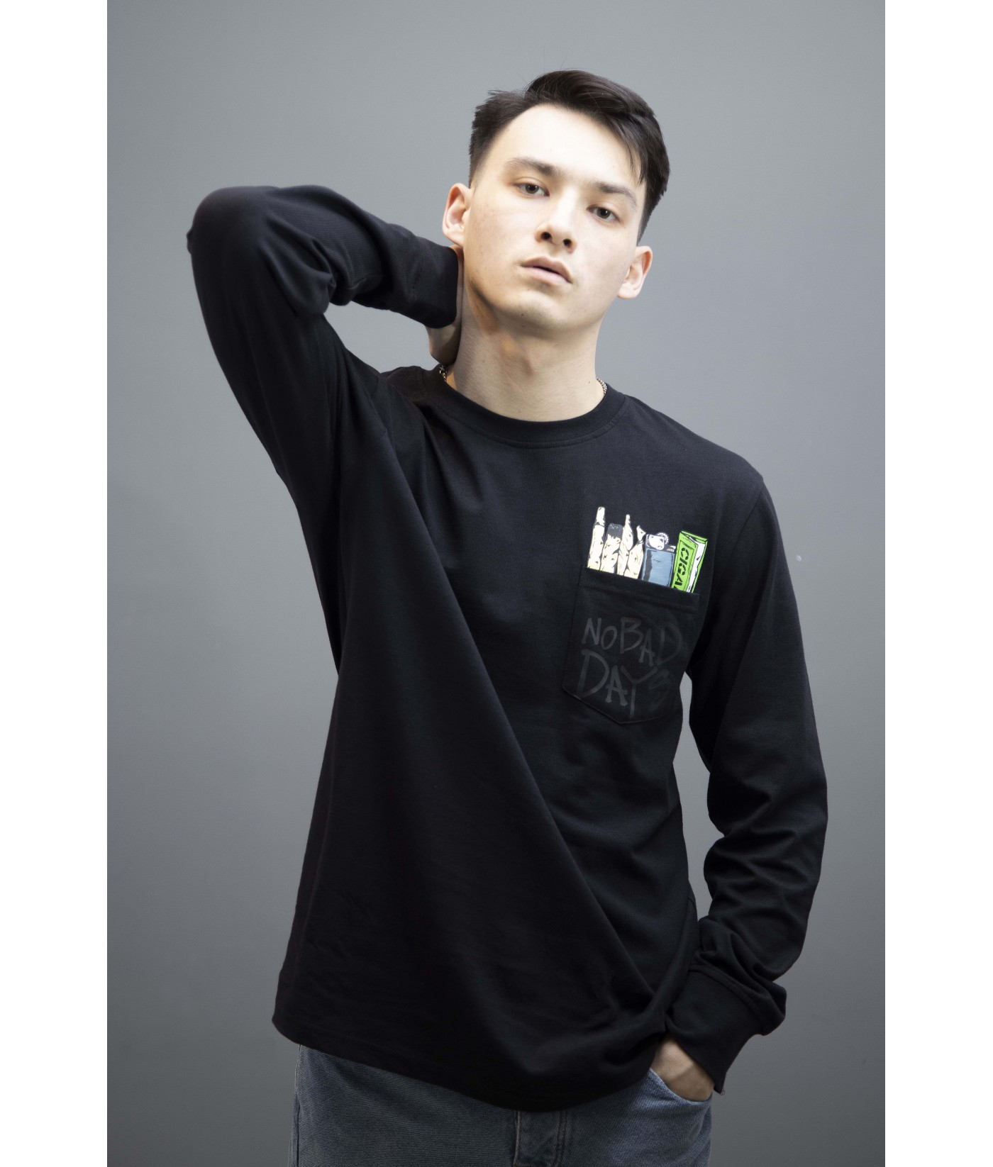 FEAR NO BAD DAYS GRAPHIC TEE (BLACK)